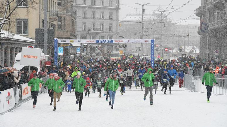 Addobbi Natalizi Zurigo.Maratona Di San Silvestro A Zurigo Italoblogger