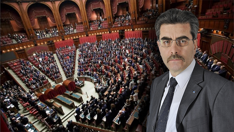 ticchio_parlamento
